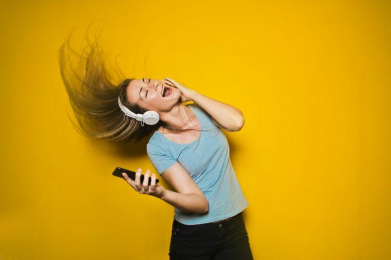 dance-woman-music