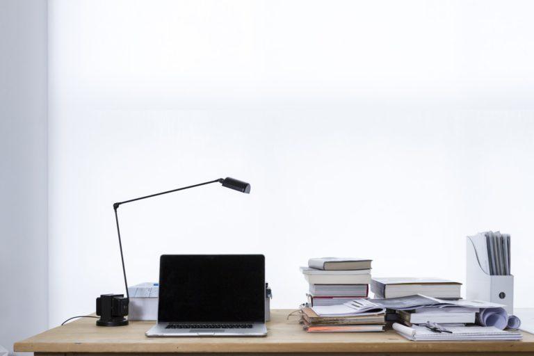 desk-